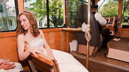 Maine wedding shuttles, wedding transportation services