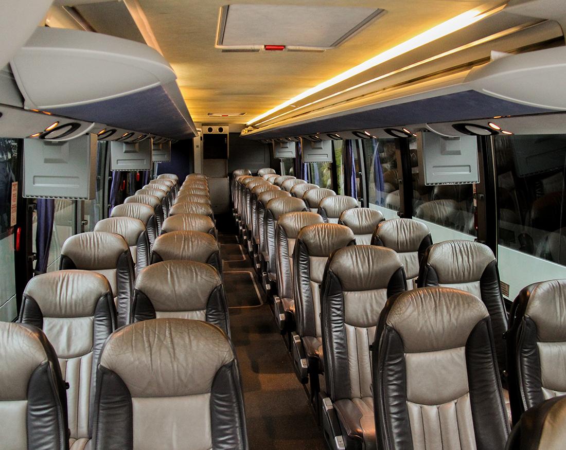 Fleet Vehicles For Sale >> 56-Passenger Motorcoach - northeast